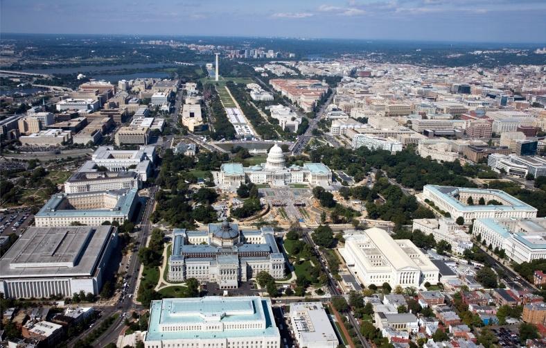 Washington,_D.C._-_2007_aerial_view.jpg