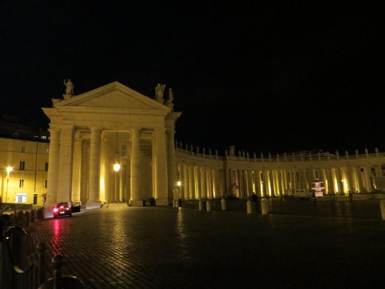 vatican nite.jpg